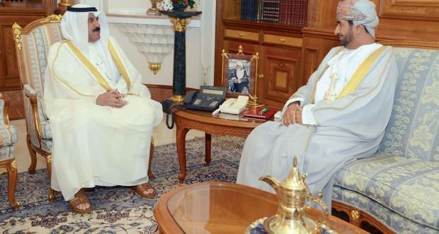 جلالته يتلقى رسالة خطية من أمير الكويت
