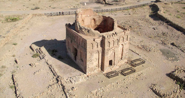 """""""قلهات"""" أقدم المدن والموانئ العمانية وذات أهمية تراثية وتاريخية عريقة"""