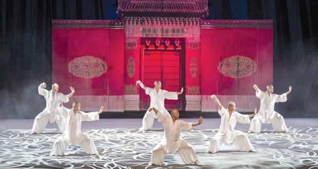 """الأكروبات الملكي الصيني """"أسطورة التنين"""" تمتع جمهور دار الأوبرا السلطانية مسقط"""