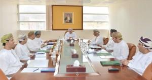وزير الإعلام يلتقي بأصحاب المحطات الإذاعية والقنوات الفضائية الخاصة
