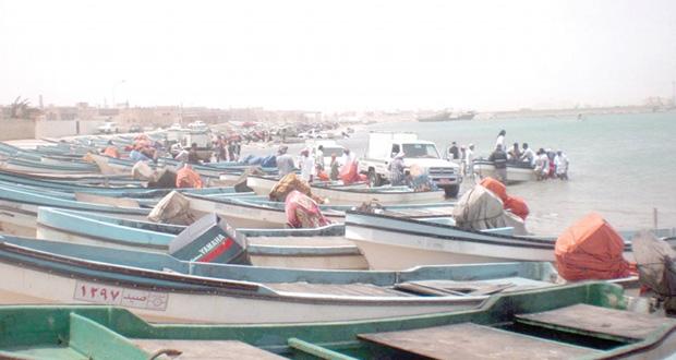 القرى الساحلية بجعلان بني بوعلي .. منطقة جذب سياحي يقصدها الزوار من جميع محافظات السلطنة