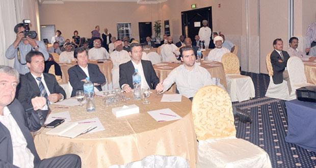 الغرفة تعقد حلقة عمل للتعريف بفرص الاستثمار في السلطنة وجنوب إفريقيا