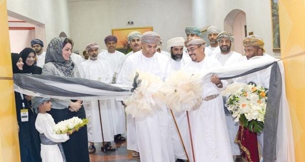 افتتاح معرض فرص العمل والتدريب بجامعة السلطان قابوس