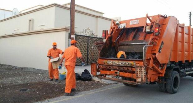 تطبيق مشروع النظافة الذاتية على عدد من الأحياء السكنية بولاية نـزوى