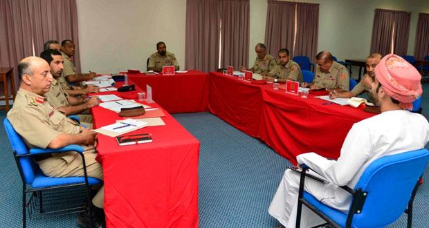 الجيش السلطاني العماني يواصل عمليات توظيف وتجنيد الشباب العماني الباحث عن عمل