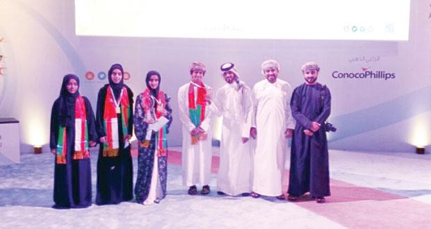 فوز السلطنة بالمراكز الأول والثاني والخامس في البطولة الدولية الثانية لمناظرات المدارس بقطر