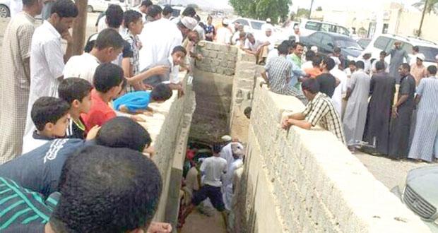 عودة جريان مياه فلج الدريز بعد انقطاعها لمدة 15 سنة
