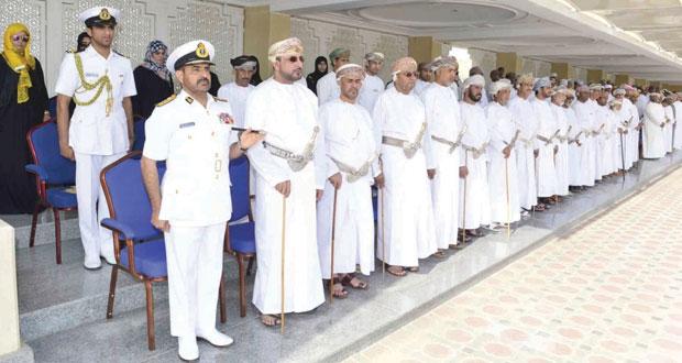 تخريج دفعة جديدة من الجنود المستجدين بالبحرية السلطانية العمانية