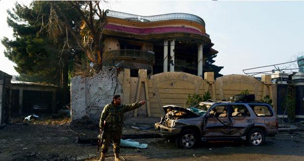 """افغانستان : """"طالبان""""تهاجم مقر لجنة الانتخابات بكابول والشرطة تسقط منفذيه"""