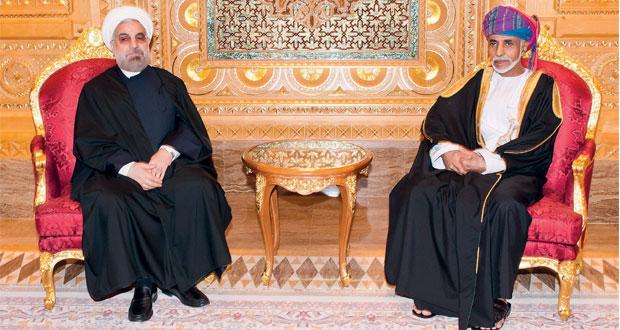 جلالة السلطان يبحث مع الرئيس الإيراني الارتقاء بالتعاون الثنائي
