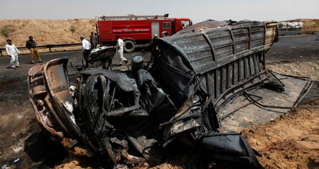 باكستان : 35 قتيلا في حادث مروري