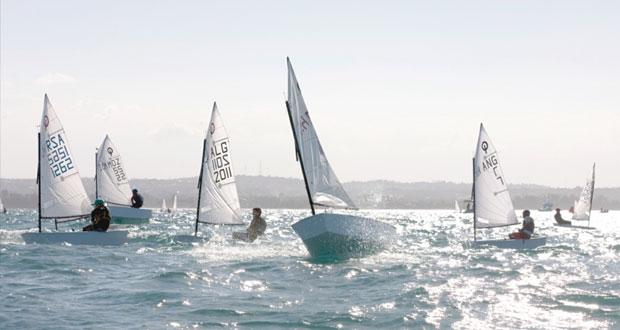 أشبال المنتخب الوطني للإبحار يستعدون لخوض بطولة الأوبتمست الآسيوية بالبحرين