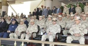 مصر: السيسي يلمح إلى ترشحه لـ(الرئاسية) ويؤكد تحذيره لمرسي من تحويل (السياسي) إلى (ديني)