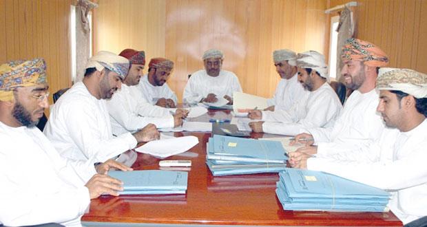 اعتماد مليوني ريال عماني للمساعدات والقروض السكنية بالظاهرة