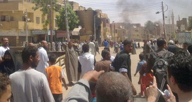 مصر تحاكم شقيق الظواهري وتضبط خلايا على اتصال بالمسلحين في سوريا