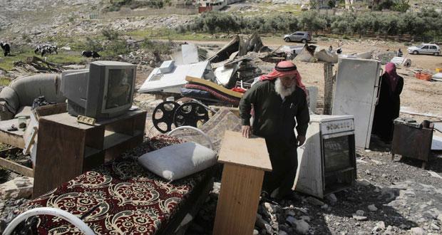 إسرائيل تزيد من صعوبات عملية السلام بإلغاء الإفراج عن الأسرى
