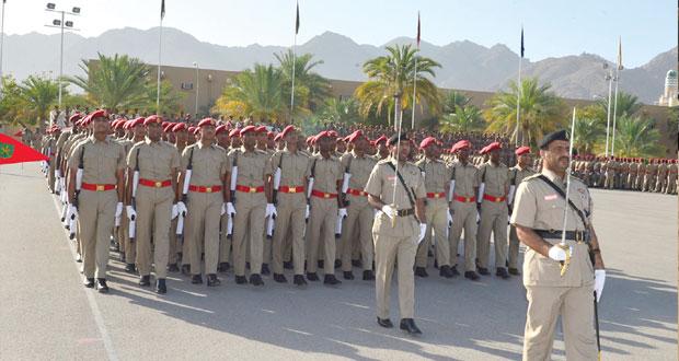 الجيش يخرج دفعة جديدة من الجنود