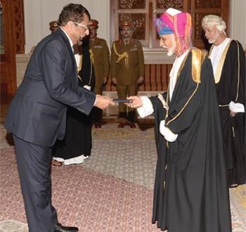 جلالة السلطان يتقبل أوراق اعتماد عدد من السفراء