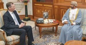 خالد البوسعيدي يستقبل السفير البريطاني