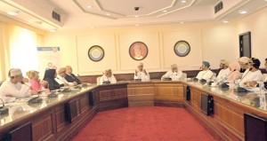 """في اجتماع مع المراكز والمجمعات التجارية ..الغرفة تناقش مبادرات """"تسوق في عمان"""" و""""منافذ"""""""
