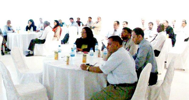 حلقة عمل حول آلية إعداد وتقييم معايير البرامج بجامعة ظفار