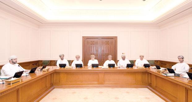 اللجنة المكلفة بدراسة التشريعات المنظمة للأيدي العاملة الوافدة تضع الإطار العام للدراسة