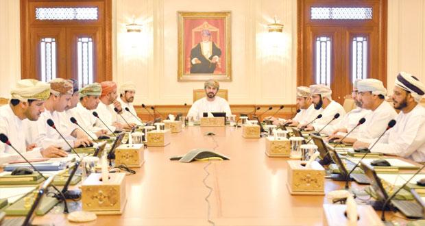 مكتب الشورى يناقش انضمام السلطنة إلى المعهد الإسلامي للبحوث والتدريب والاستثمارات الداخلية والخارجية لشركة النفط العمانية