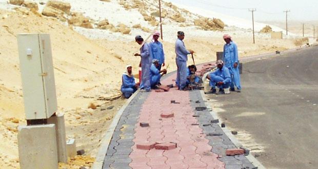 تنفيذ عدد من المشاريع التطويرية والخدمية بالجازر