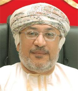 الأحد القادم .. المنذري يرعى افتتاح ندوة تطور العلوم الفقهية في عُمان