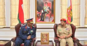 وفد كلية الدفاع الوطني بجمهورية السودان يزور كليتي الدفاع الوطني والقيادة والأركان