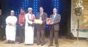 فرقة مسرح مزون تحرز عددا من الجوائز في مهرجان بركان الدولي والربيعي بالمغرب