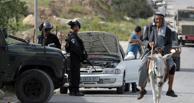 حملة اعتقالات في (الضفة) وآليات الاحتلال تتوغل جنوب (القطاع)