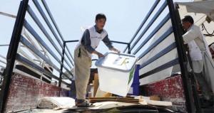 عبوة ناسفة تدمر شاحنة تحمل بطاقات اقتراع وتسقط 3 قتلى في أفغانستان