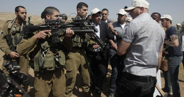 الاحتلال يواصل حملات الاعتقال .. ومستوطنون يقتحمون الأقصى