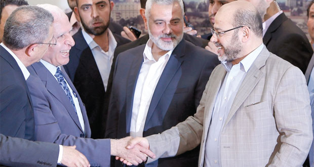 حماس وفتح تعلنان من غزة إنهاء الانقسام وتطبيق اتفاق المصالحة