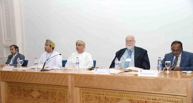"""""""التراث والثقافة"""" تنظم حلقة بعنوان """"التراث الأثري المشترك بين عمان والهند وباكستان"""" بقاعة المحاضرات في جامع السلطان قابوس الأكبر"""