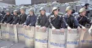 أوكرانيا: موسكو تسحب قواتها من الحدود وتدعو انفصاليي الشرق إلى تأجيل الاستفتاء