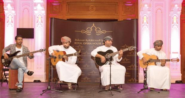 """حضور كبير شهدته فعالية البيت المفتوح الأخيرة لموسم """"الربيع"""" في دار الأوبرا السلطانية مسقط"""