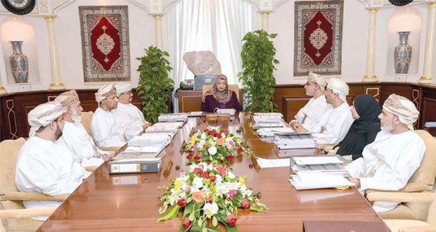 مجلس جامعة السلطان قابوس يعتمد انشاء مركز للتميز في التعليم والتعلم بالجامعة