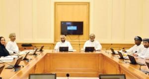 """""""الشورى"""": لجنة تقصي الحقائق المكلفة بالنظر بتجاوزات مشروعي موريا والمدنية الطبية بصلالة تلتقي """"عمران"""""""