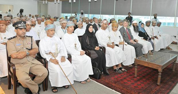 """""""تنمية نفط عمان"""" تحتفل بيوم الشركة الأول تخليدا لزيارة جلالته التاريخية لميناء الفحل"""