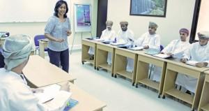 (النقل والاتصالات) تنظم دورة تدريبية في اللغة الإنجليزية