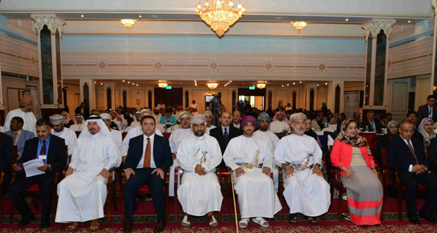 """فيصل بن تركي يفتتح ندوة """"سياسات التعامل مع الإعاقة وآفاقها في الدول العربية"""" ويدشن نظام الربط الآلي لمشروع الأجهزة التعويضية"""
