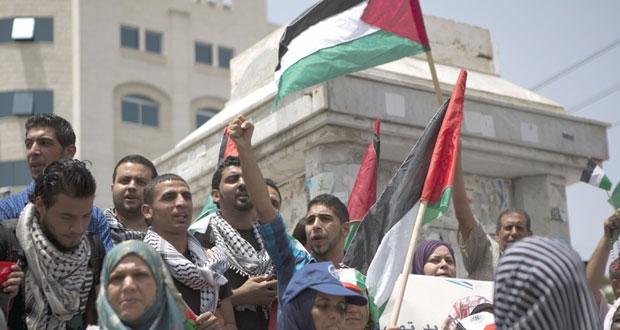 الفلسطينيون يعلنون حكومة التوافق غدا .. وتفاؤل بالتعاون الدولي