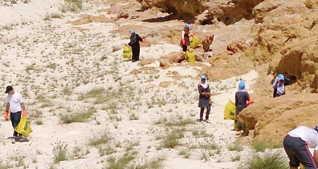 حملة لتنظيف محمية جزر الديمانيات الطبيعية