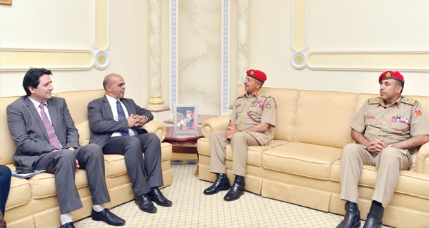بدر بن سعود والنبهاني يستقبلان وزير شؤون المحاربين القدامى بالدفاع الفرنسية