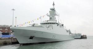 """خلال حفل أقيم بالمملكة المتحدة..البحرية السلطانية العمانية تحتفل باستلام السفينة """"الراسخ"""""""