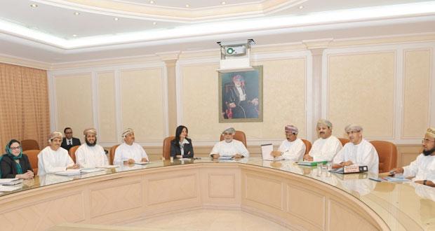 وزير الصحة يتابع الخطوات التنفيذية لإنشاء وتشغيل مستشفى السلطان قابوس الجديد