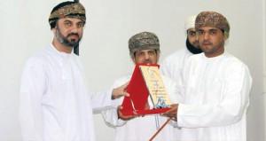 رئيس مجلس الشورى يرعى الاحتفال بتكريم الجهات والمؤسسات المشاركة في فعاليات مهرجان عمان البحري الأول بولاية مسقط