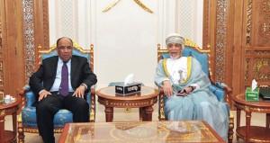 وزير الشؤون الخارجية والتعاون بالجمهورية الإسلامية الموريتانية يصل السلطنة